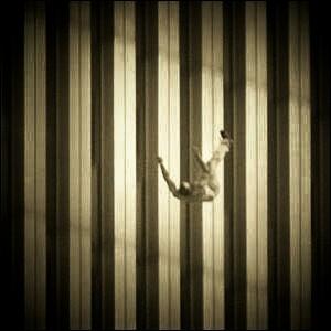 01 fallingman1ac